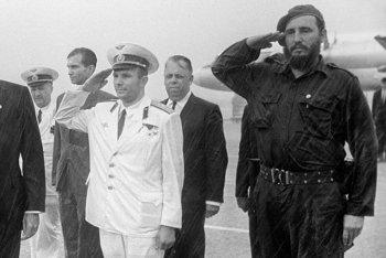 Юрий Гагарин на Кубе с Фиделем Кастро - редкие советские фотографии, 1961
