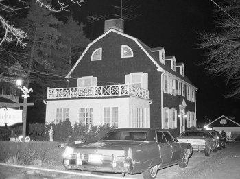 Правдивая история ужаса Амитивилля, Рональд Дефео и убийство всей семьи, 13 ноября 1974