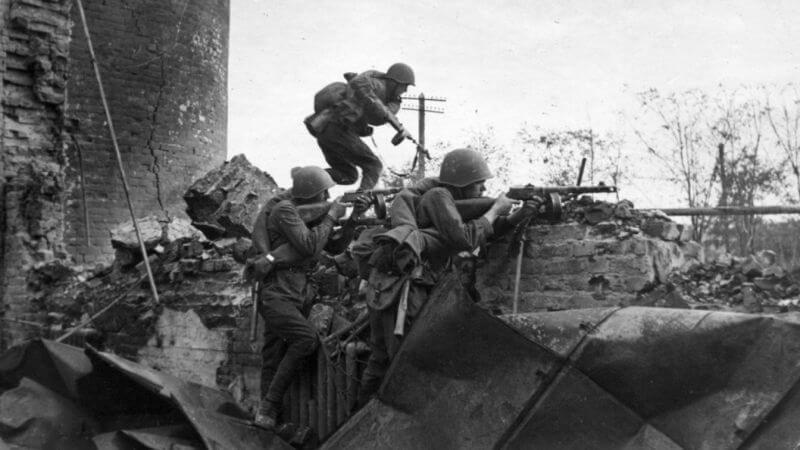 Солдаты Красной Армии, 1942 год