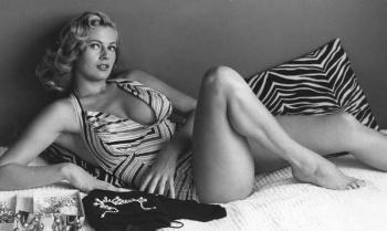 Анита Экберг — шведская модель и звезда итальянского кино. Биография, фото в молодости и карьера