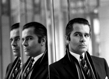 Фотографии Карла Лагерфельда в молодости и краткая биография модельера, фотографа и коллекционера