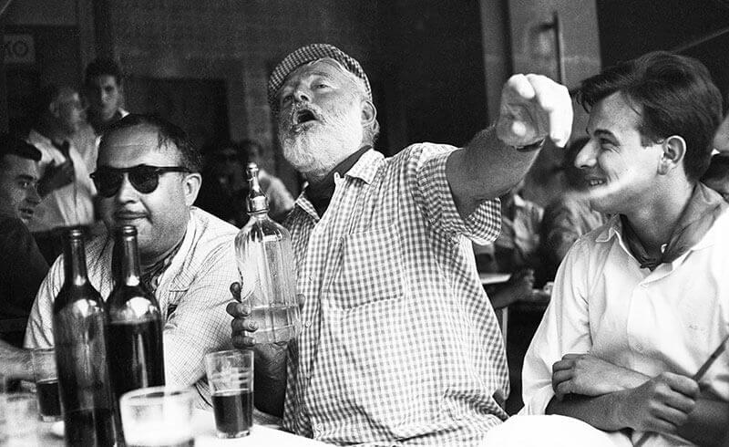 8 самых знаменитых писателей-алкоголиков мира всех времен