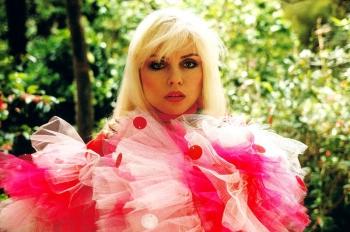 Дебби Харри — биография, фото в молодости и личная жизнь певицы группы «Blondie»