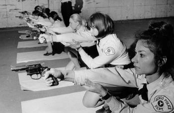 Женщины-полицейские разных стран мира в XX веке